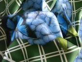 Carré de soie Hortensia 90 x 90 roulotte main