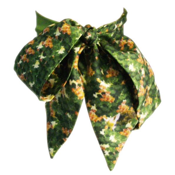 cassis-royal-lavalliere-camouflage-chene-faon-ecureuil-ascot-soie-made-in-france