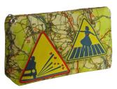 cassis-royal-cassisroyal-boutique-laguiole-aubrac-aveyron-satin-pochette-N3-nationale-7-panneau-routier-route-nationale7