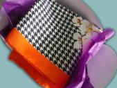 Gavroche en soie Dernier cri 65 x 65 roulotté main