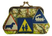 porte-monnaie-N°2-cassis-royal-nationale-7-carte-routiere-panneaux-routiers-attention-ecole-teckel-train