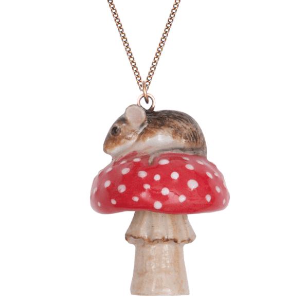 collier porcelaine and mary necklace souris sur son champignon - cassisroyal.com
