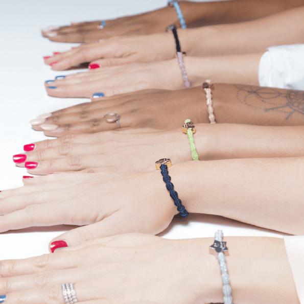 cassis-royal-boutique-laguiole-aubrac-by-eloise-bracelet-elastique-cheveuX-lifestyle-ambiance-4