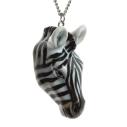 And Mary, collier pendentif en porcelaine Zèbre - cassisroyal.com